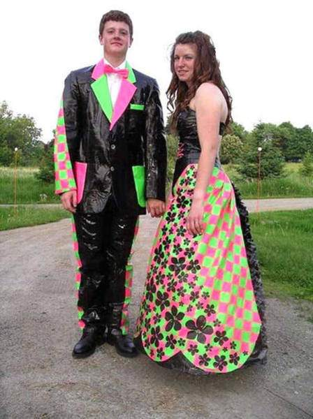 probably_the_most_awkward_prom_photos_ever_taken_640_06